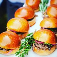 Alicia Piazza Instagram Burgers